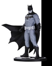 Batman: Batman Black & White Statue by Jason Fabok