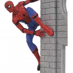 Spiderman Homecoming: Spiderman on Wall Marvel Gallery Figure