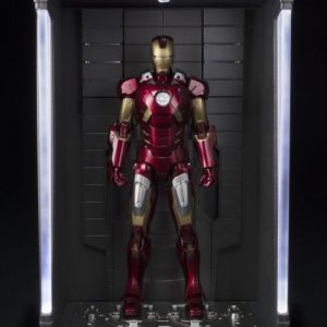 Iron Man: Iron Man Mk-7 and Hall Of Armor Set S.H.Figuarts Action Figure